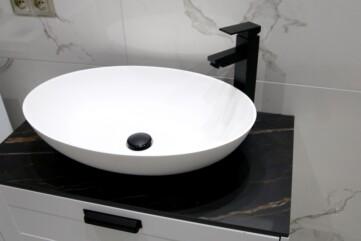 Waschtischplatte aus Laminam Noir Desir
