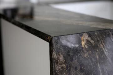 Küchenarbeitsplatte aus Granit Cosmic Gold