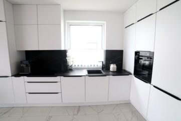 Küchenarbeitsplatten aus Laminam Noir Desir