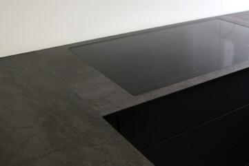 Küchenarbeitsplatten und Waschbecken aus Pietra di Savoia Antracite
